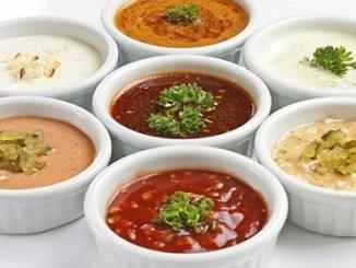Замінюємо майонез на легкі, смачні і корисні соуси для салатів та м'яса
