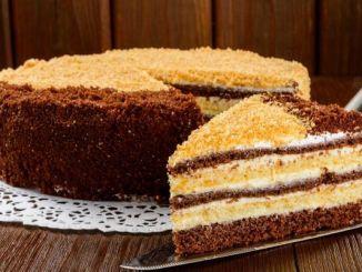 Тортик на швидку руку - смачний та простий рецепт сметанника