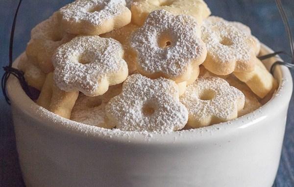 Пісочне печиво з 4-ох інгредієнтів — рецепт, який варто спробувати