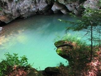 Блакитні лагуни в Україні: найчистіші озера та кар'єри для купання