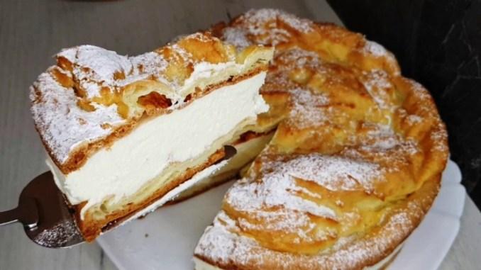 """Ніжний, легкий і надзвичайно смачний — рецепт простого заварного торта """"Карпатка"""""""