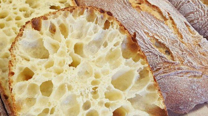 Хліб з дірками: як готувати Чіабата