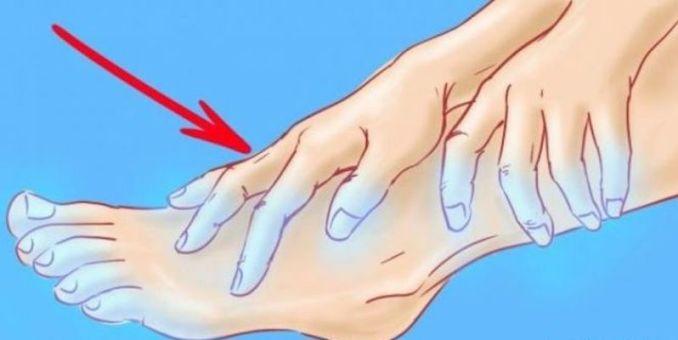 Зверніть увагу: якщо у вас постійно холодні руки та ноги - це може бути ознакою поганого кровообігу