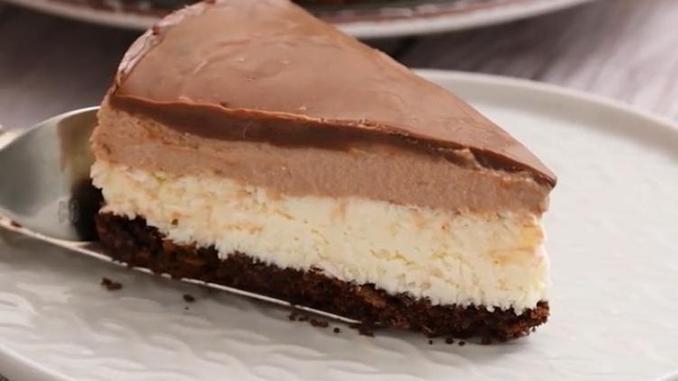 4 шари з різними смаками і жоден з них не потрібно випікати: рецепт простого тортика