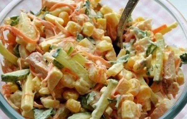 Цей салат переплюнув «Шубу» і «Олів'є»! Родзинка новорічного столу!