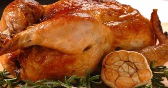 Соковите м'ясо та хрустка скоринка — неймовірно смачна курка в духовці. Тепер готую тільки так