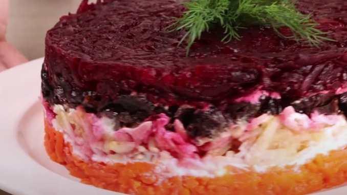 Салат з буряка — оригінальне доповнення до м'ясних і рибних страв