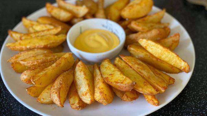 Відкрила для себе кращий рецепт картоплі по-селянськи. Всього один інгредієнт забезпечить хрустку скоринку