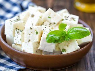 Сир фета: смачно, ситно і дуже корисно
