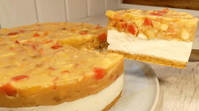 Без духовки! Карамельний торт «Яблука на снігу» — ніжний десерт без випічки з сирним кремом