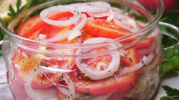 Краща закуска з помідорів до м'яса. І готувати всього 5 хвилин!