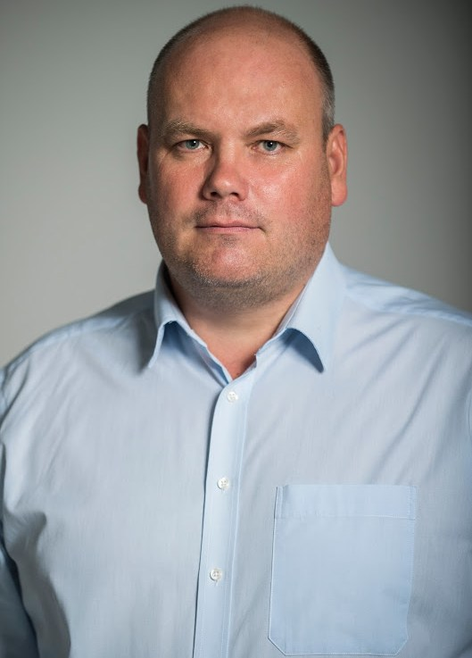 Dr. Rezes Gábor