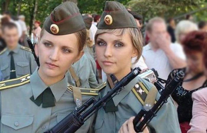 مجندات الجيش البولندي