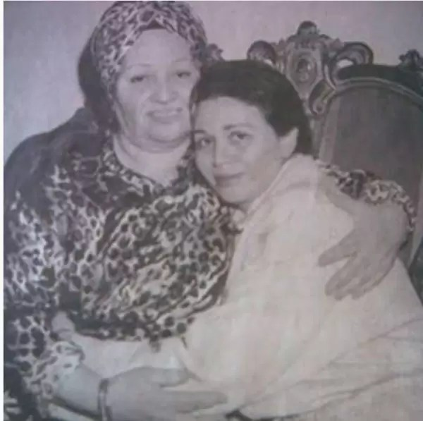 والدة الهام شاهين