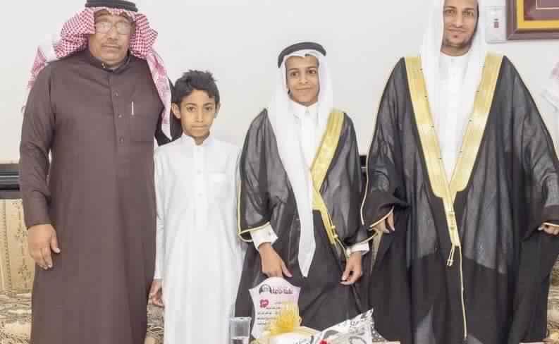 بالصور أصغر عريس بالسعودية يثير حالة كبيرة من الجدل بعدما رزق بمولوده الأول 5 27/10/2017 - 3:07 ص