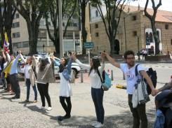 marcha-estudiantil-por-la-paz-bogota-05-09-2016-102