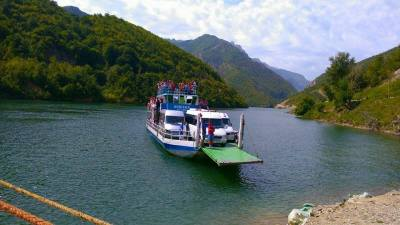Ferry Berisha in Koman Lake (10)
