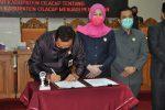 Raperda Penanggulangan Penyakit di Kabupaten Cilacap disahkan DPRD menjadi Perda