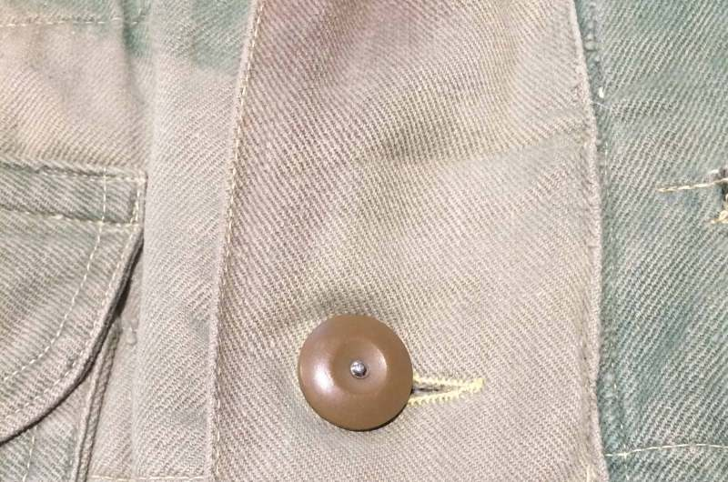 button_front