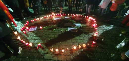 Mannheim/Heidelberg: Hunderte gedenken bei Mahnwachen den Opfern von Hanau