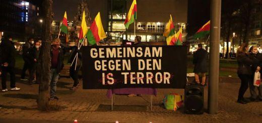 Mannheim: Kurdische Mahnwache gegen islamistischen Terror in Wien