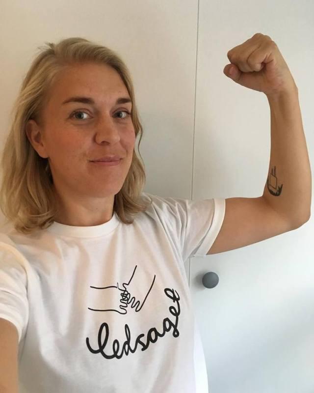 Støtte t-shirts
