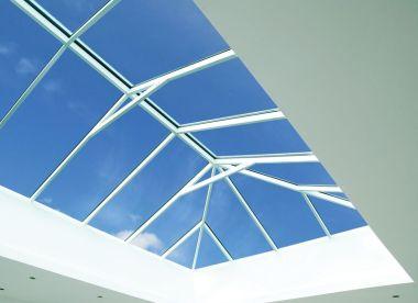 прозрачная крыша коттеджа