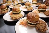 Burger dan ayam goreng krispi made by YM Etik dan YM Yus, luar biasa enaknya.