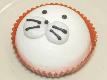 コンビニスイーツだ_あざらしムースケーキ【セブンイレブン】中身01