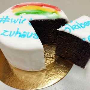 Kuchen #wirbleibemzuhause
