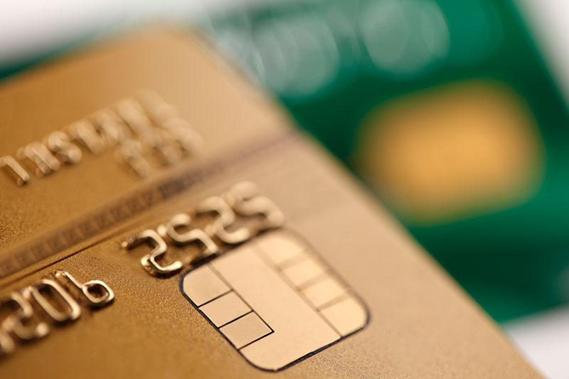 700万人突破!ドコモユーザーが得をする「dカード GOLD」を年会費1万円でも持つべき4つの理由