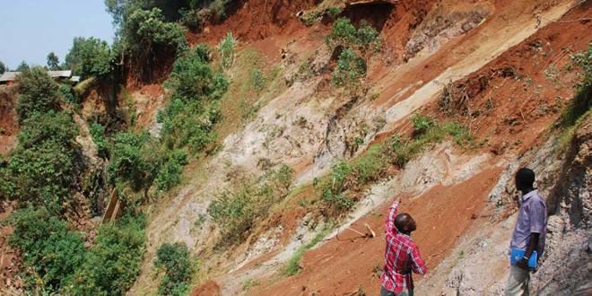 Érosions de Mitendi, commune de Mont Ngafula, à l'ouest de la capitale de la RDC.