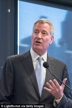 32f1aba600000578-0-in_addition_rechnitz_and_reichberg_both_served_on_de_blasio_s_in-m-67_1460051935991