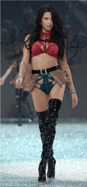 adriana-lima-in-secret-paris-show-2016-1