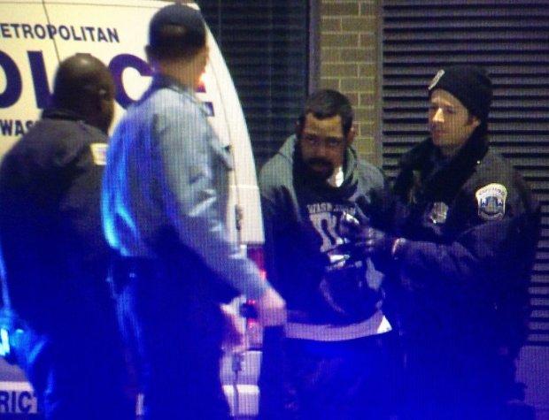 Police examine Tricia Macauley's car1.jpg