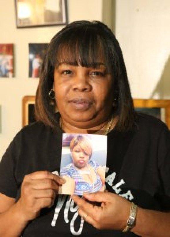 Leondra Foster's mother, Sandra Figueroa1.jpg