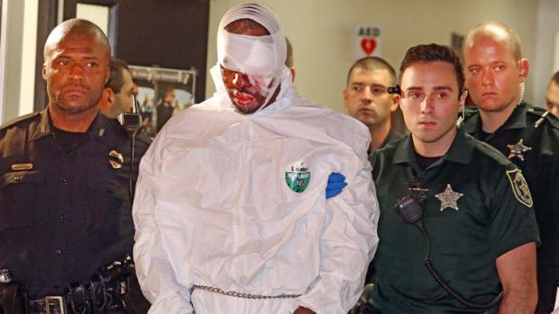 markeith-loyd-is-taken-into-custody-by-cops3