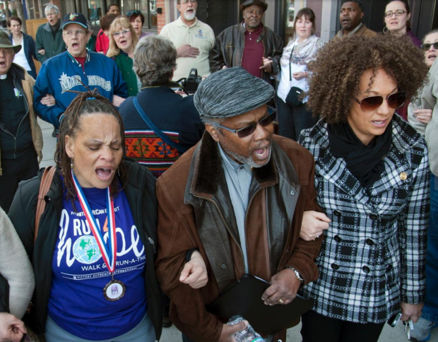 rachel-dolezal-at-a-rally-in-spokane-washington