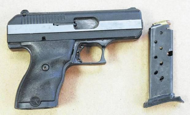 Dennis Dunns gun.jpg
