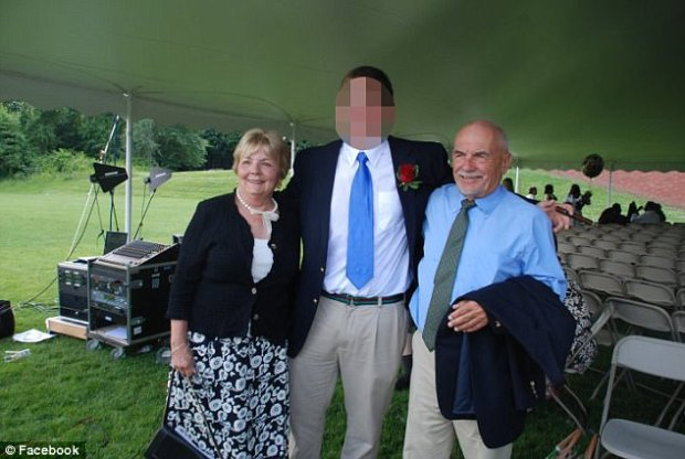 janet and Robert Foisie married in 1960 and divorced in 2010.jpg