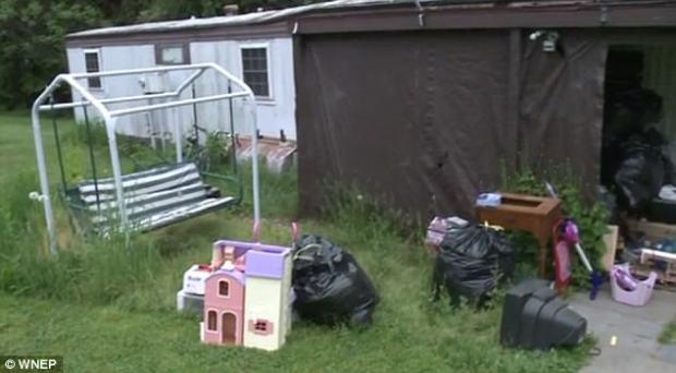 Marion Keithline's trailer home2