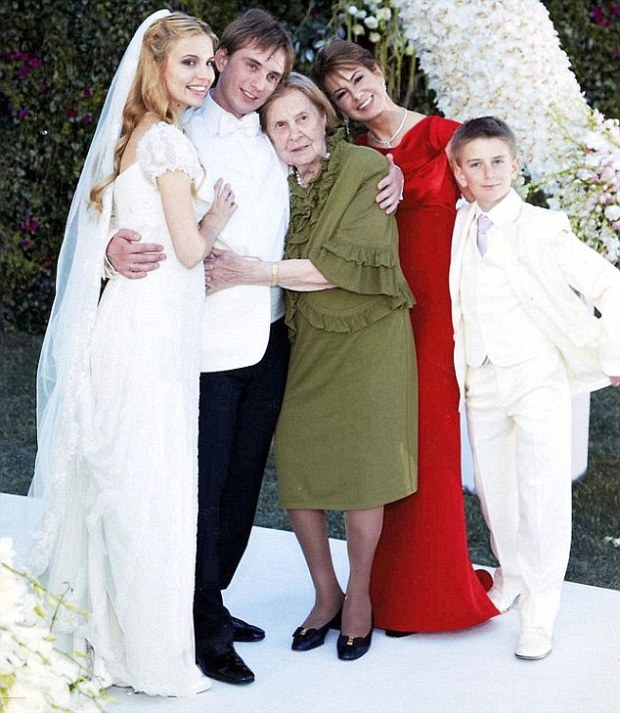 Natalia Potanin with her mother and the three children from her marriage.jpg