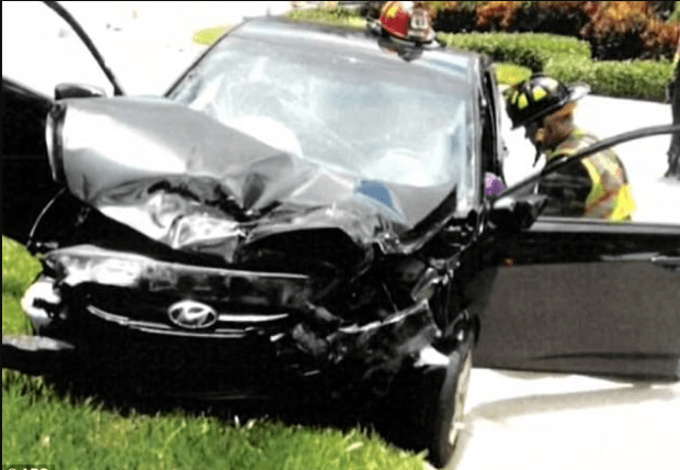 Damage in Venus Williams involved accident1.png
