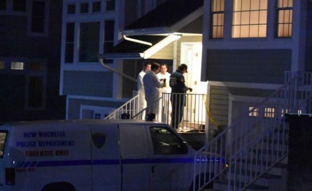 fornsic police at Neil White's home2.jpg
