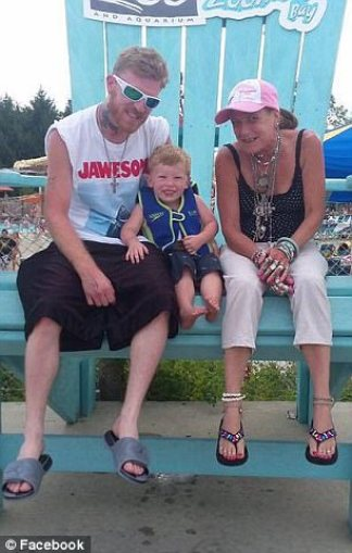 Kimberley Klempner with her son Josh and her grandson1.jpg