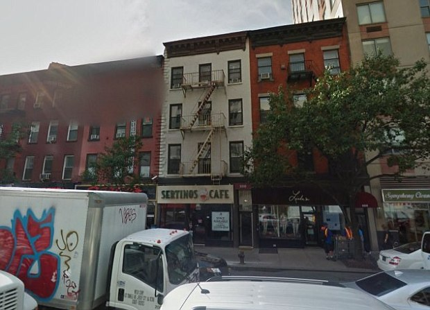 McDermott's Manhattan apt.jpg
