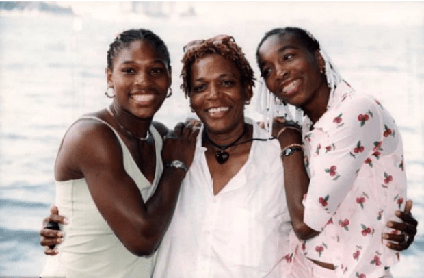 Oracene Price, with Serena (left) and Venus.png