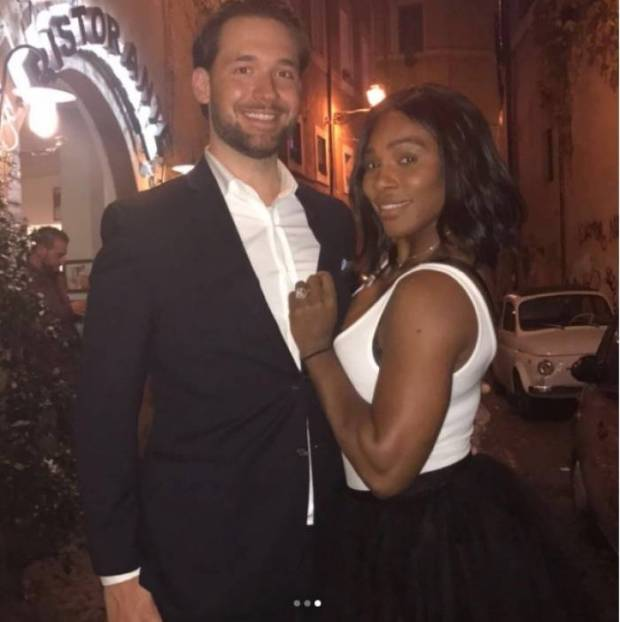 Serena Williams with fiance Alexis Ohanian2.jpg