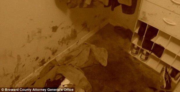 Bloodyy closet where Fidel Lopez hid the body of Mariah Nemeth 1