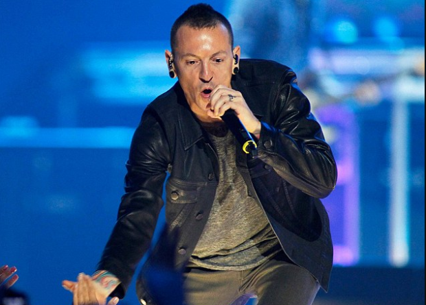 Chester Bennington 2.png